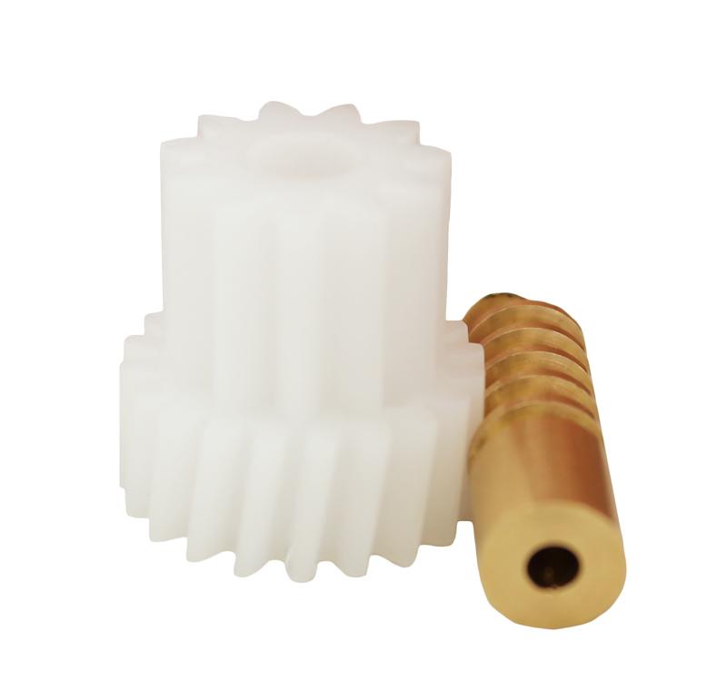 Conjunto Sinfín Corona Módulo 1.00, Numero entradas 1.00, Diametro exterior 8.40 mm.  Datos del sinfín   - Material: Latón   - Diámetro paso de eje de 3,14 mm   - Z 1 módulo 1   - Diámetro externo de 8,40 mm   - Altura total de 27,50 mm   -Angulo β: 8º41\'  Datos del engranaje   - Engranaje helicoidal con piñón recto   - Material: POM    - Diámetro eje de paso 6,80 mm   - Altura total de 22,40  mm   - Engranaje Z 20  módulo 1   - Diámetro externo de 22,23 mm   - Piñón Z 11 módulo 1,25   - Diámetro externo de 17,30 mm   -Angulo β: 81º19\'