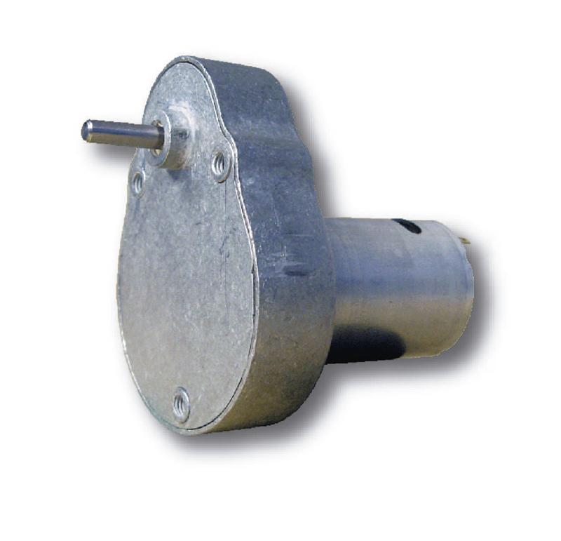 Reductor engranaje recto. Eje de salida de acero. Rodamiento a la salida: casquillo sinterizado. Máxima carga radial a 5 mm de la brida: 10 N. Máxima carga axial admisible: 20 N. Material engranajes: Acero. Rodadura de engranajes sobre ejes de acero templados y rectificados. Carcasa: Zamak. Par de utilización hasta 0,5 N•m. Fijación mediante 3 tornillos M4. Número de etapas: 3  PLAZO DE ENTREGA MÁXIMO: 3 semanas.Se confirmará a la recepción del pedido.