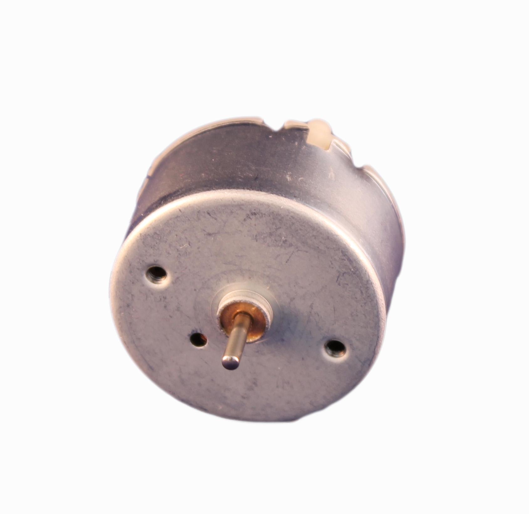 Motor Corriente DC, Voltaje 1.50V, R.P.M. 650rpm